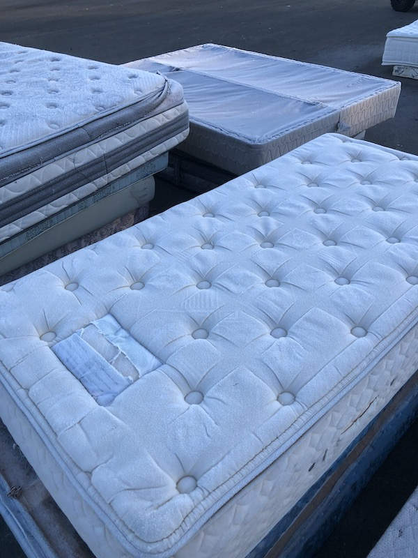 Mattress Disposal Vancouver Cheap